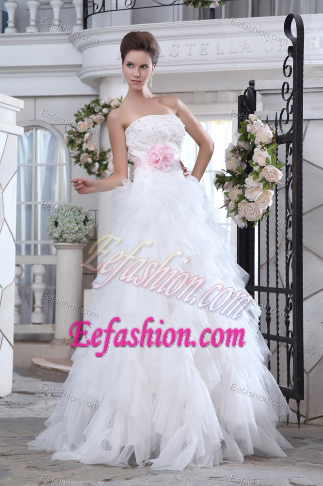 Luxurious A-line Strapless Lace-up Beaded Long Bridal Dress with Appliques