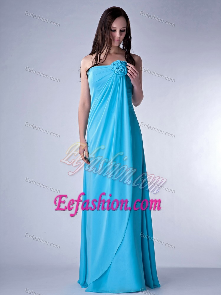 Strapless Long Ruched Aqua Blue Chiffon Dama Dresses with Flower