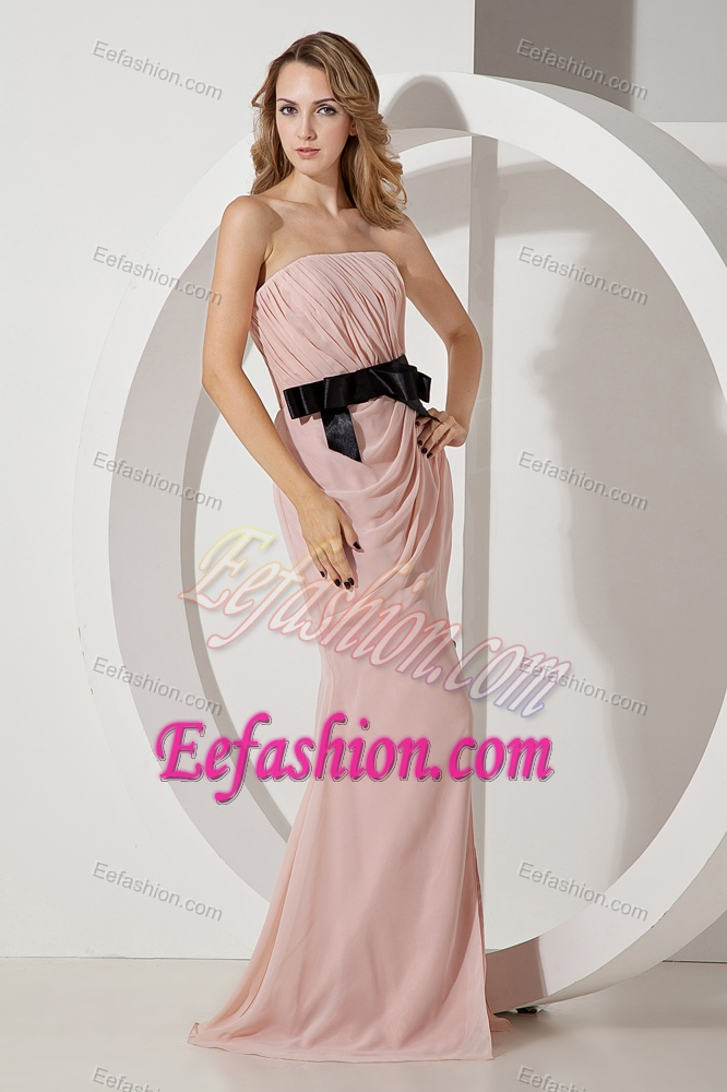 Strapless Long Baby Pink Ruched Chiffon Dama Dress with Black Bow