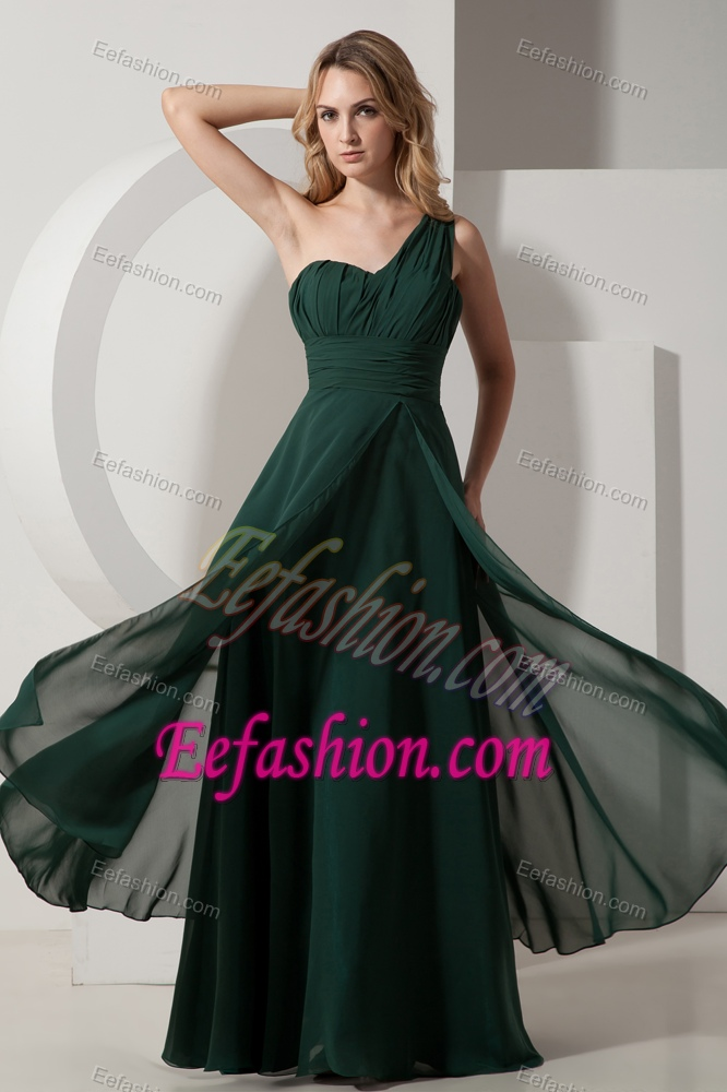 Best Ruching Dark Green Plus Size Evening Dress with One Shoulder