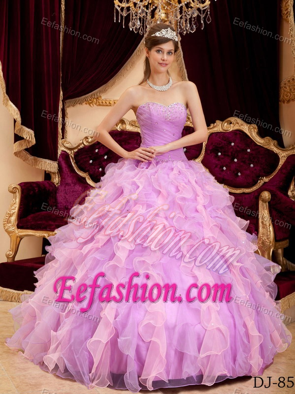 Lavender Sweetheart Organza Quinceanera Dress with Beading and Ruffled Layer