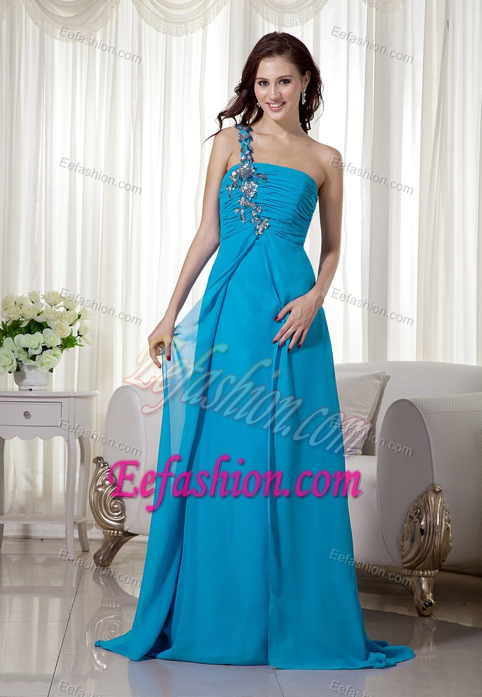 Wedding Dresses For Flat Chested Women 33