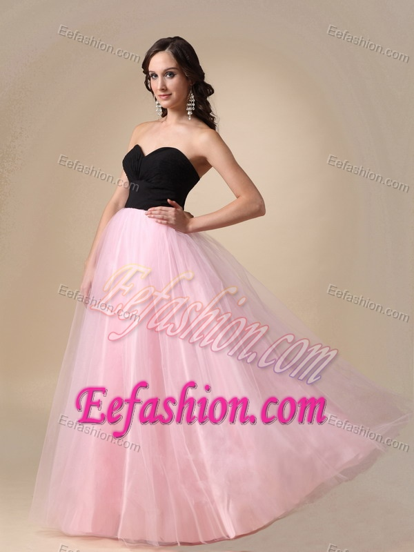 Latest Baby Pink and Black Sweetheart Long Prom Homecoming Dress