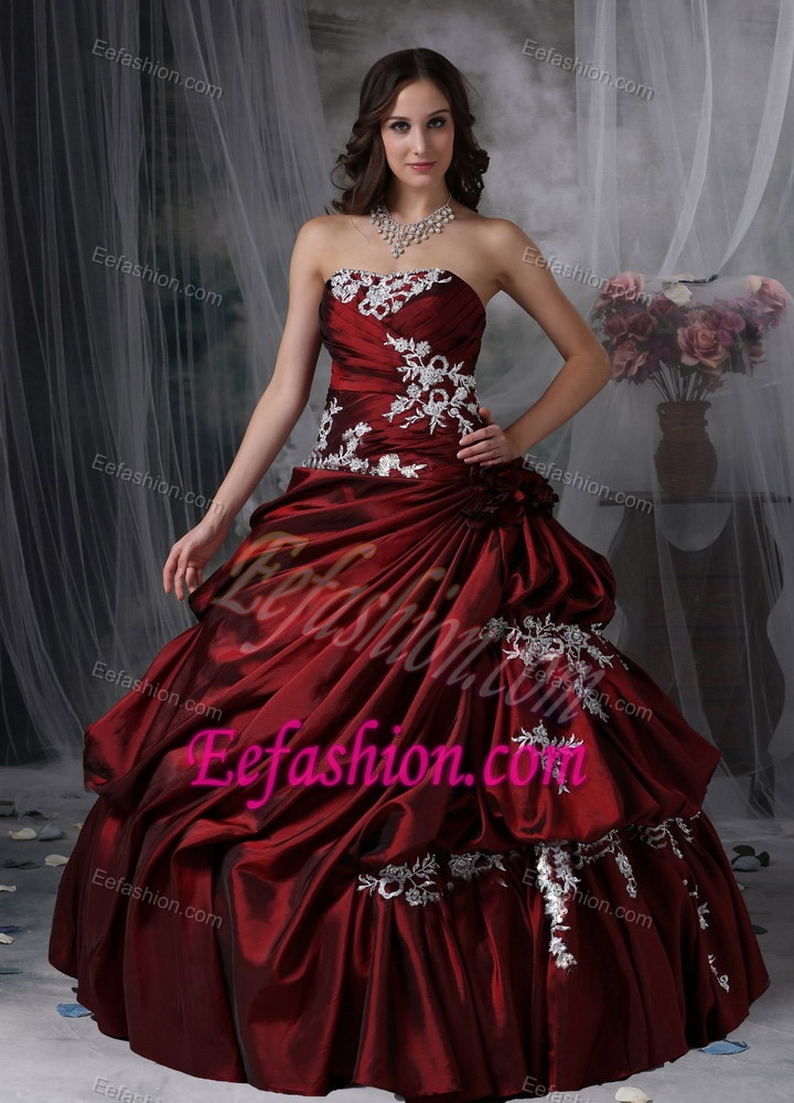 Ball Gown Appliqued Wine Red Quinceanera Dress Strapless Floor Length