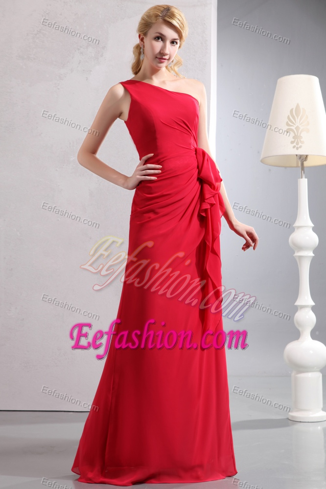 Cute Red One Shoulder Wedding Guest Gowns In Floor Length