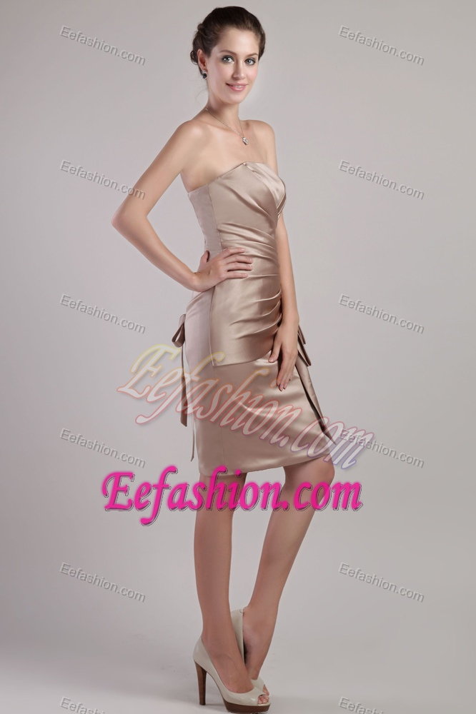 Low Price Strapless Knee Length Satin Wedding Guest Dress With Pleating