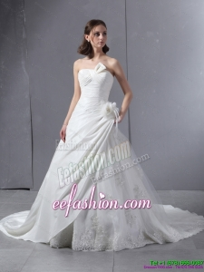 2015 Classic Strapless Wedding Dress with Hand Made Flowers and Ruching