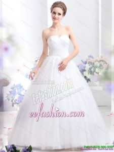2015 Classic Sweetheart Wedding Dress with Lace