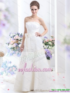 2015 White Strapless Laced Wedding Dresses with Bownot and Brush Train