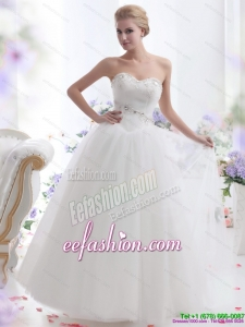 2015 Fashionable Sweetheart Beach Wedding Dress with Paillette