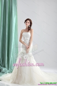 White Chapel Train Strapless Gorgeous Wedding Dresses with Ruching and Hand Made Flowers