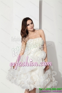 White Strapless Ruffled Short Beach Bridal Dresses with Hand Made Flower