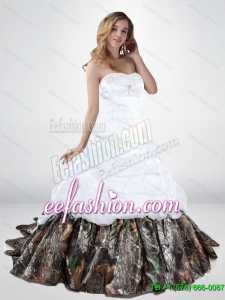 2015 Elegant Lace Up Beaded Camo Wedding Dresses with Chapel Train