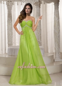 Popular Sweetheart Spring Green Prom Dress with Beading and Ruching