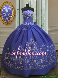 Discount Embroideried and Bowknot Taffeta Quinceanera Dress in Royal Blue