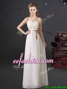 2017 Lovely Sweetheart Chiffon Laced Dama Dress with Appliques and Belt