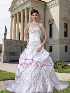 2014 White Strapless Princess Brush Train Wedding Dresses with Embroidery