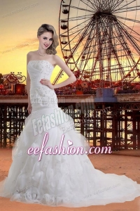 Beautiful Strapless Garden Wedding Dress with Appliques