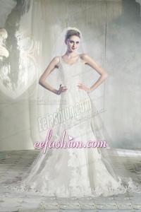 2015 Elegant Straps Chapel Train Lace Wedding Dresses with Appliques