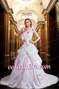 Most Popular Princess Sweetheart Court Train Wedding Dresses with Embroidery