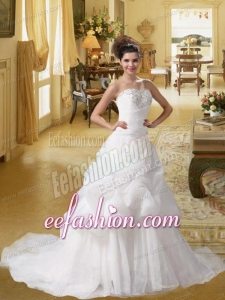 New Style A Line Court Train Beading Wedding Dresses with Sweetheart