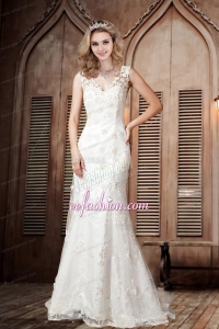 Sexy Lace Column V Neck Wedding Dresses with Brush Train