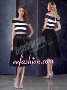 2016 Princess Off the Shoulder Black Formal Prom Dress with Cap Sleeves