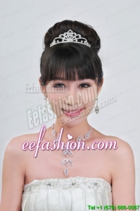 Gorgeous Alloy With Rhinestone Ladies Necklace and Tiara