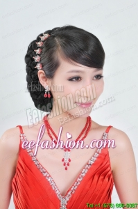 Shimmering Alloy And Imitation Pearl Necklace