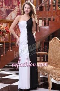 One Shoulder White and Black Ruche Decorate Column Prom Dress
