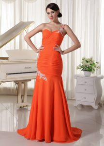 One Shoulder Chiffon Orange Red Sheath Red Carpet Dress with Appliques
