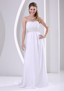 White Halter Embroidery Chiffon Beaded and Appliqued Red Carpet Dress