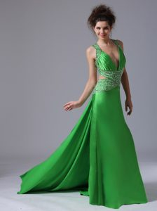 Spring Green V-neck Celebrity Dresses with Beaded Side Outs
