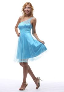 Shining Beaded One Shoulder and Tulle Celebrity Dresses in Aqua Blue