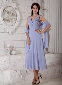 Lilac Tea-length Ruched Mother Dress for Wedding with V-neckline