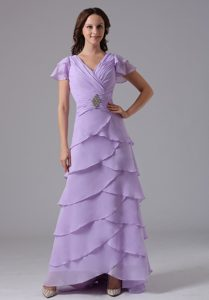 Lilac V-neck Long Ruched Layered Chiffon Mother Dresses for Wedding