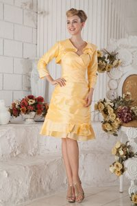 Sweetheart Knee-length Ruched Light Yellow Mother of Bride Dress with Jacket
