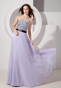 Inexpensive Lilac Empire Strapless Beaded Dresses for Prom in Floor-length