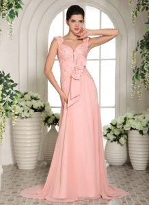Discount Baby Pink Straps Brush Train Junior Prom Dresses with Flowers