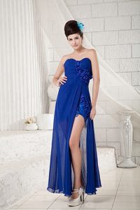 Royal Blue Sweetheart Ruched Prom Grad Dresses with Handle Flower and Slit