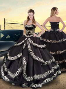 Comfortable Sleeveless Taffeta Floor Length Lace Up Quinceanera Dresses in Black with Embroidery and Ruffled Layers
