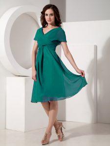 Flirting Turquoise V-neck Neckline Ruching Mother Of The Bride Dress Short Sleeves Zipper
