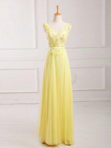 Modern Yellow Zipper V-neck Lace and Appliques and Belt Homecoming Dress Chiffon Sleeveless