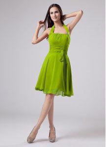 Flirting Green Empire Halter Top Sleeveless Chiffon Knee Length Zipper Ruching Mother Of The Bride Dress