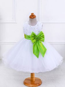 Custom Designed Knee Length Ball Gowns Sleeveless White Flower Girl Dresses Zipper