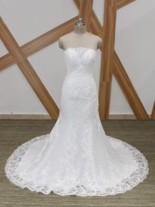 Fashion White Mermaid Scalloped Sleeveless Tulle Brush Train Lace Up Lace Wedding Gown