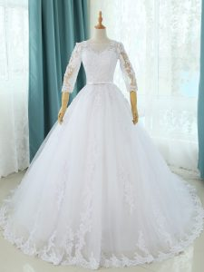 Fabulous White Scoop Neckline Lace and Appliques Bridal Gown Half Sleeves Zipper