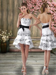 Nice White Chiffon Backless Sweetheart Sleeveless Mini Length Bridal Gown Embroidery and Sashes ribbons