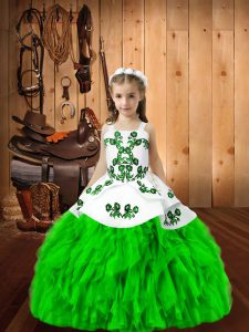 Sleeveless Organza Floor Length Lace Up Girls Pageant Dresses in with Embroidery and Ruffles