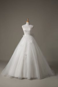 Sleeveless Brush Train Lace Up Beading and Lace and Bowknot Wedding Gowns